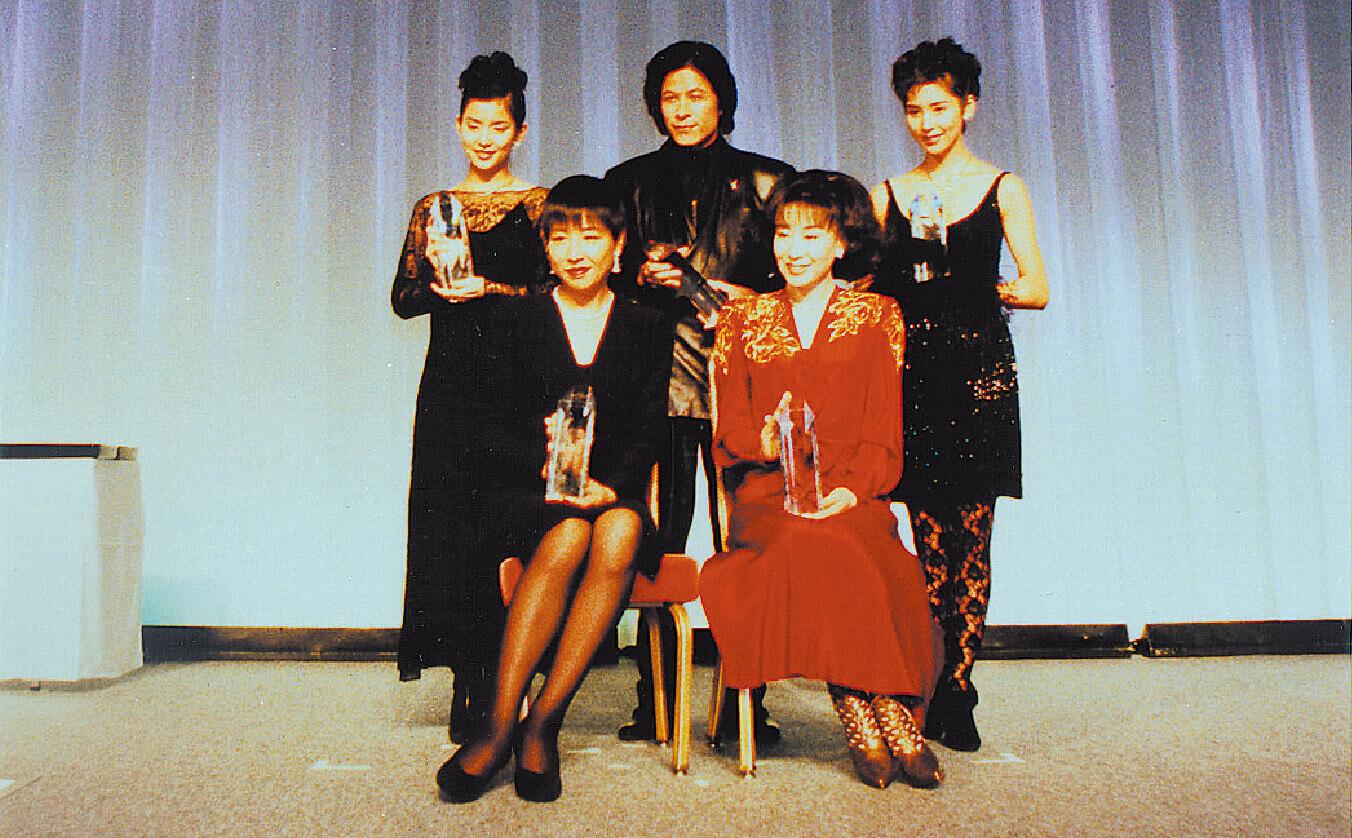 1995年、第6回 国際宝飾展内で開催した、日本ジュエリーベストドレッサー賞受賞者写真